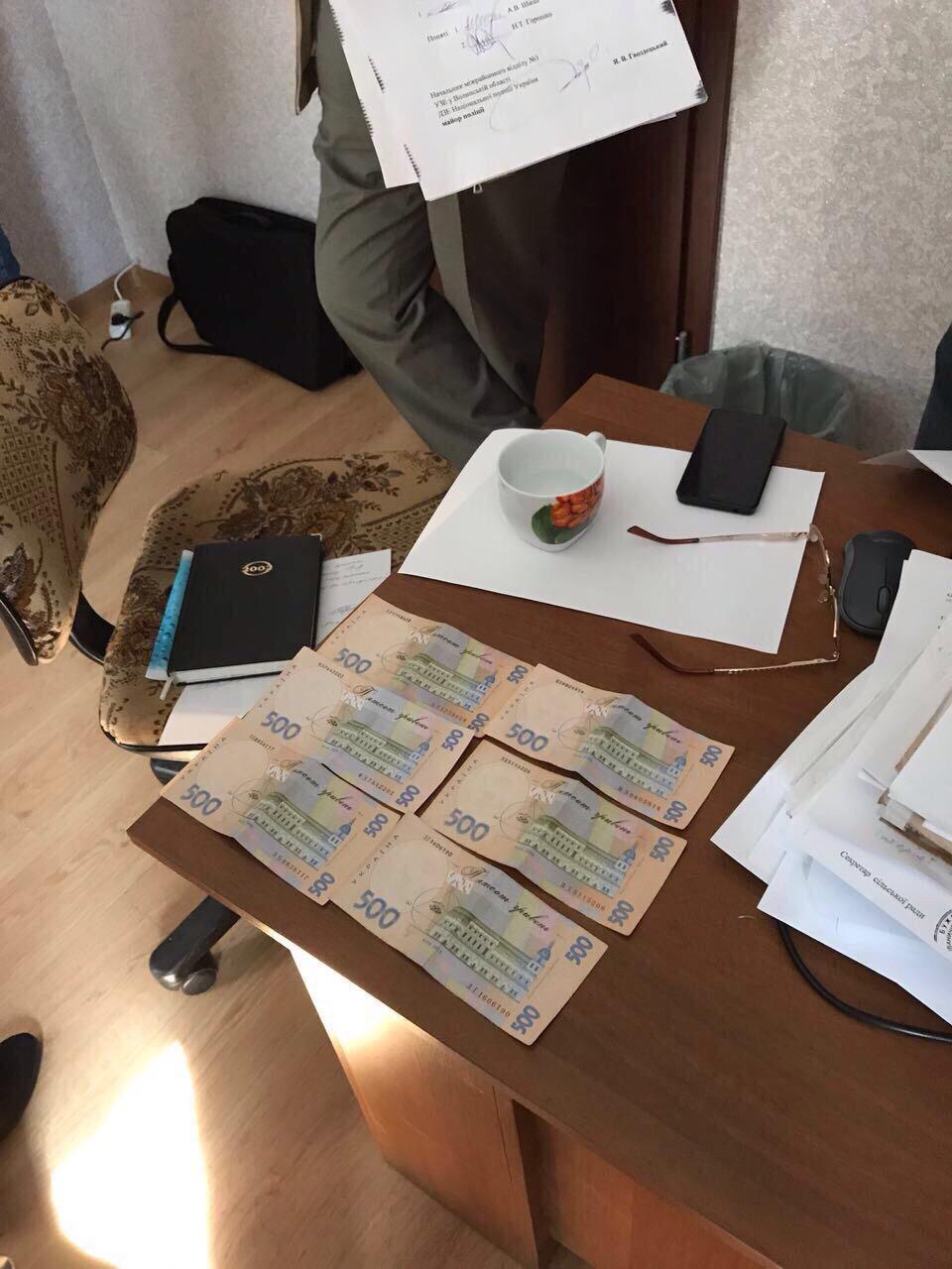 На Волині за хабарництво затримали екс-суддю (фото)