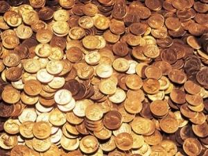 Китаєць заплатив за машину 700 кг монет