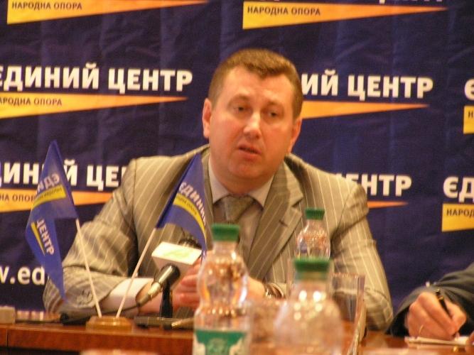 Один з кандидатів на крісло міського голови Луцька покинув виборчі перегони