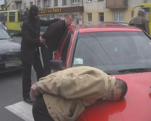На Волині затримали міліціонера-хабарника
