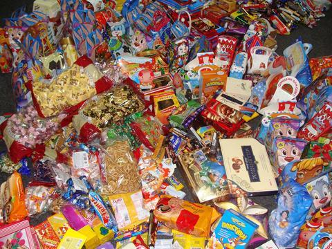 Більше тисячі сиріт Луцька отримали подарунки від благодійників