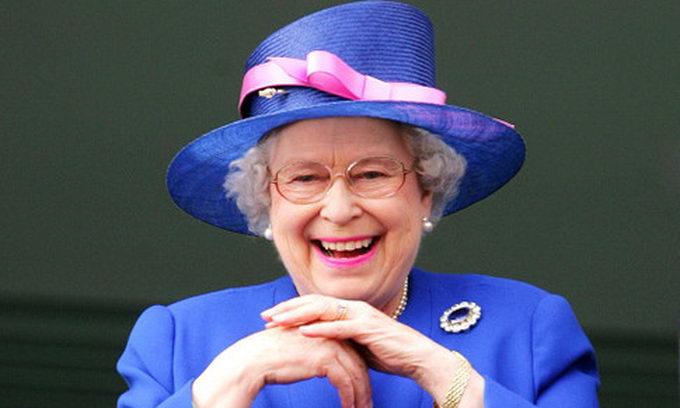 Королева Єлизавета II стала прабабцею