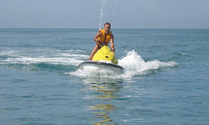 За зберігання катерів, човнів, водних скутерів поза встановленими місцями власників штрафуватимуть