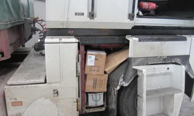 У «Ягодині» в поляка вилучили вантажівку з контрабандними сигаретами
