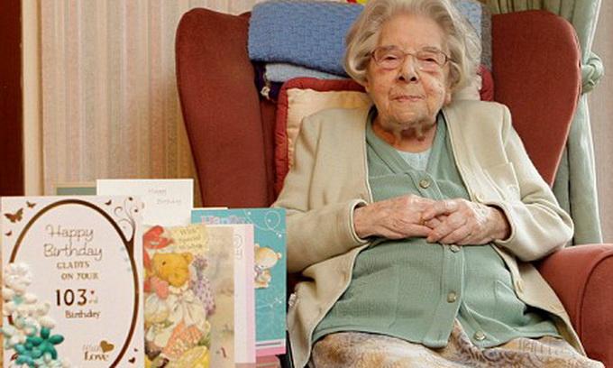 100-річна незайманка поділилась секретом довголіття