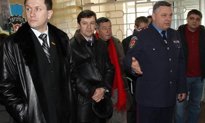 Луцьких депутатів вразили умови, у яких працюють дільничні міліціонери