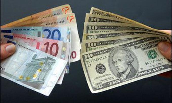 Луцькі валютники не викорінюються