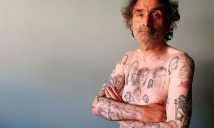 Шанувальник Джулії Робертс «обсипав» себе 82 татушками з її зображенням