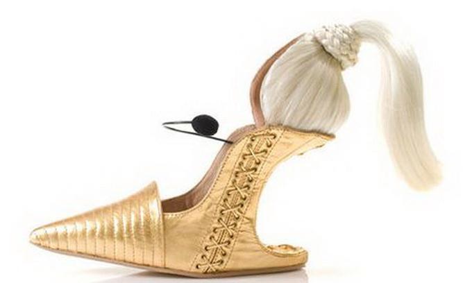 Ізраїльський дизайнер пошив туфлі за образом Мадонни
