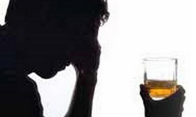 У школах Луцька виявили 143 дитини, які схильні до алкоголізму