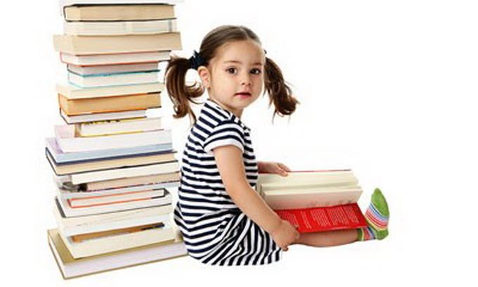 Дитячі бібліотеки Луцька назбирали трохи книг і читачів