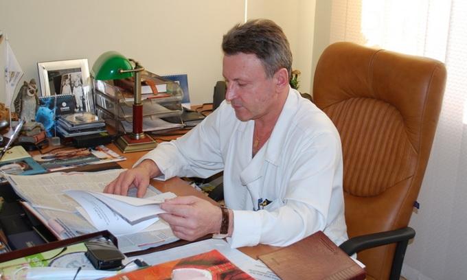 Головного лікаря Луцького пологового будинку «викрили» у хабарництві
