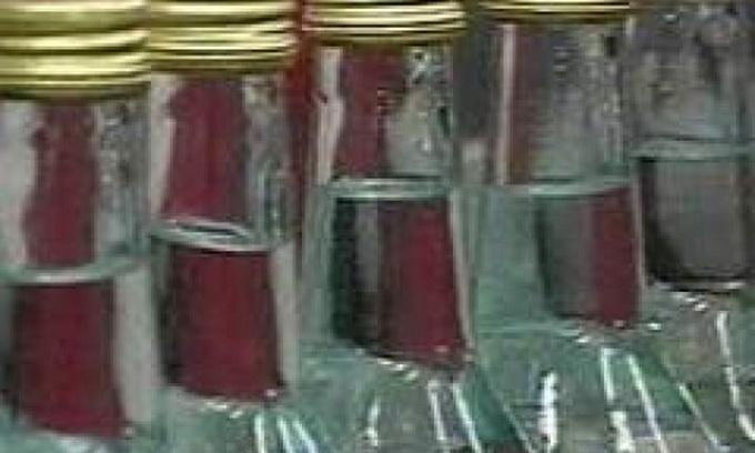 У Луцьку прикрили цех із нелегальною горілкою
