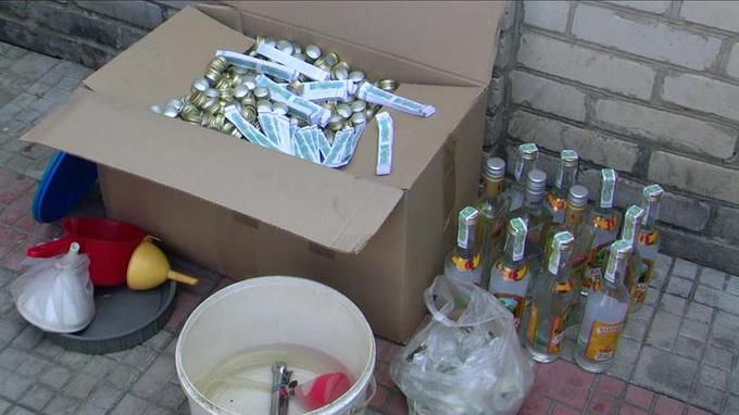 На Волині ліквідували підпільний цех із виробництва горілки-фальсифікату