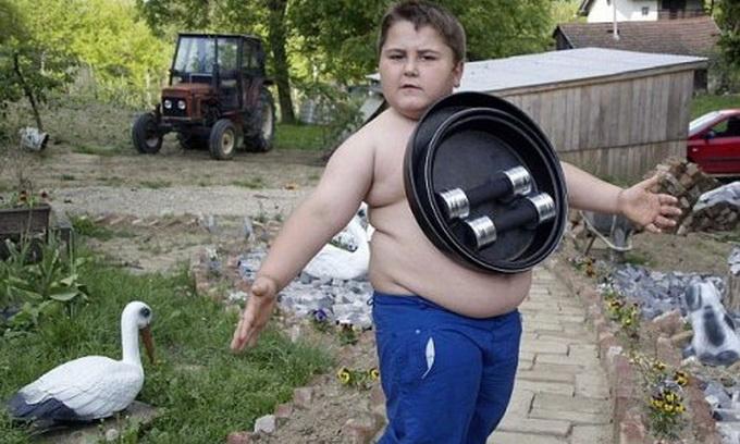 У Хорватії живе 6-річний хлопчик-магніт