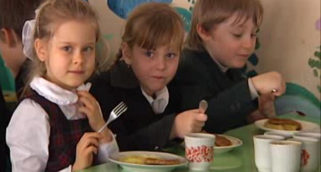 Дітей у луцьких садочках харчують на 66% від норми