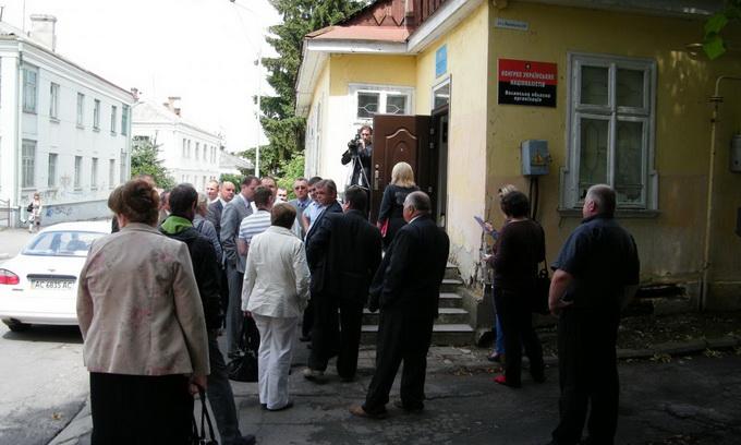 Братство вояків ОУН-УПА хочуть переселити з центру Луцька