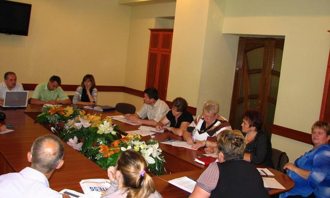 Голів ОСББ у Луцьку навчали правильно рахувати фінанси