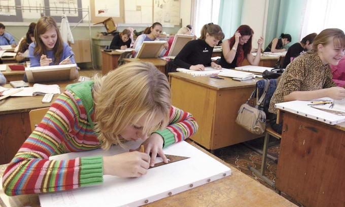 Приватним ВНЗ Волині не вистачає студентів