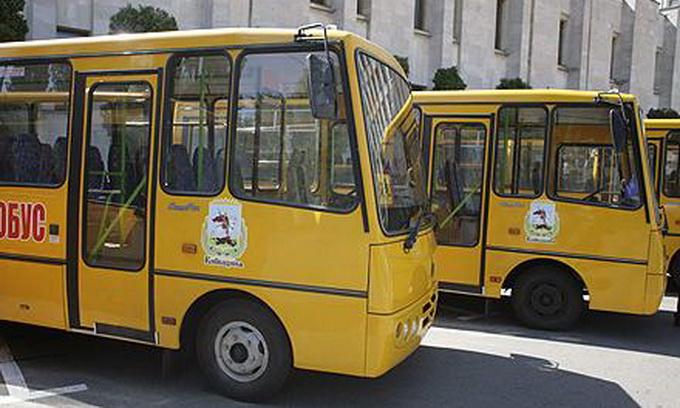 У вересні Волинь отримає 4 шкільні автобуси