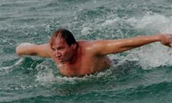 Український плавець дістався з Туреччини до Кіпру за 36 годин