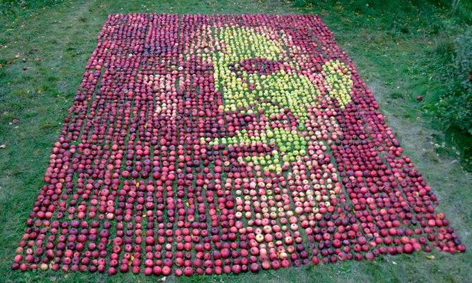 Художник створив «яблучний» портрет Стіва Джобса