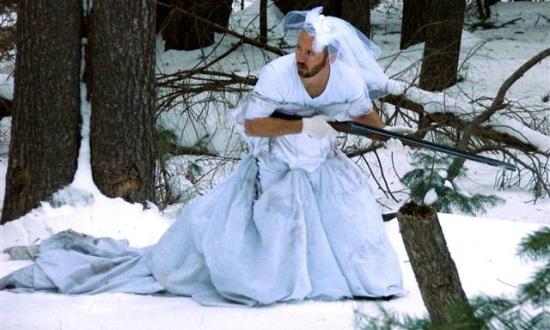 Сукню екс-дружини американець використовував замість друшляка для макаронів