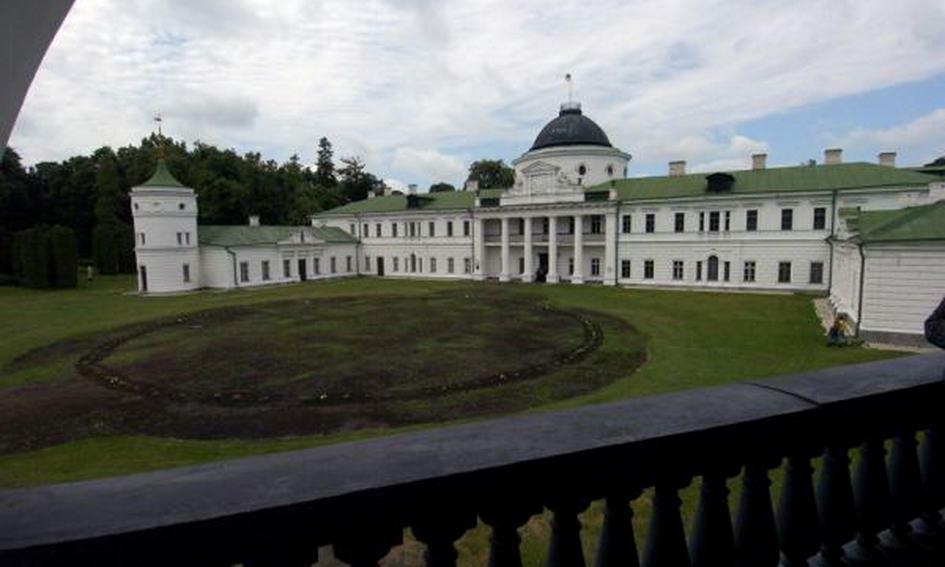 Українці обрали сім чудесних замків, фортець і палаців