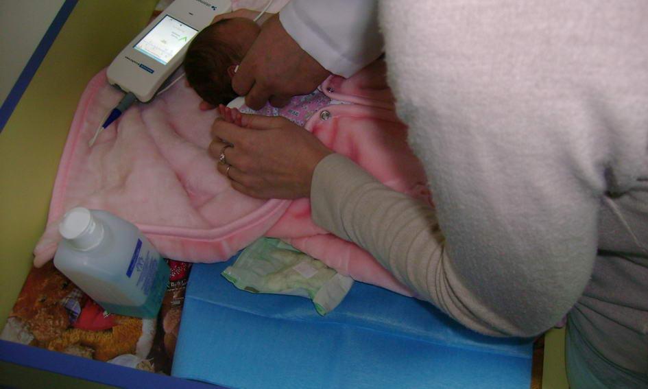 Доньки Клімчука передали дитячій лікарні обладнання для діагностики вад слуху