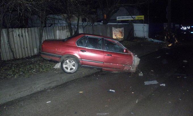 Внаслідок ДТП автомобіль розірвало на дві частини