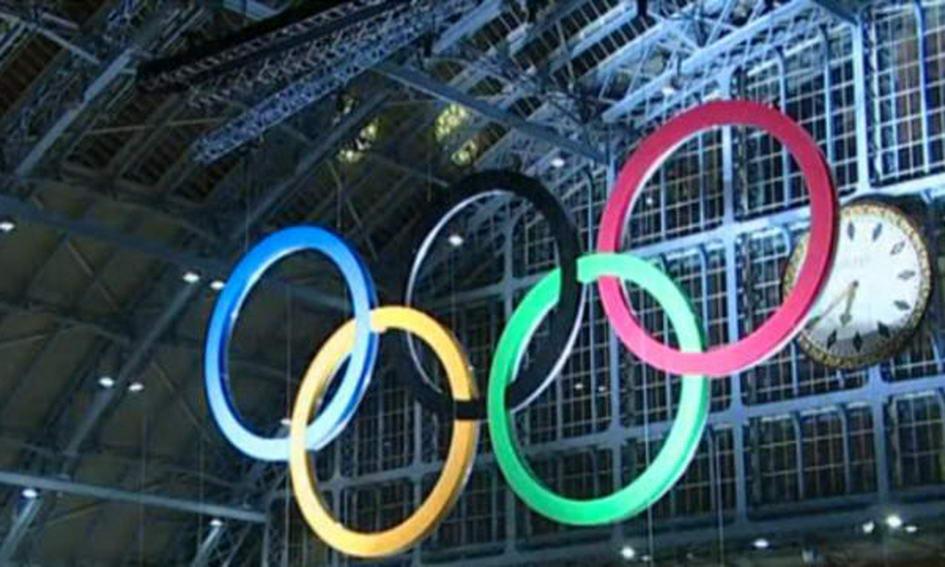 Тунель, що з'єднує Великобританію і Францію, прикрасили 5-метровими Олімпійськими кільцями