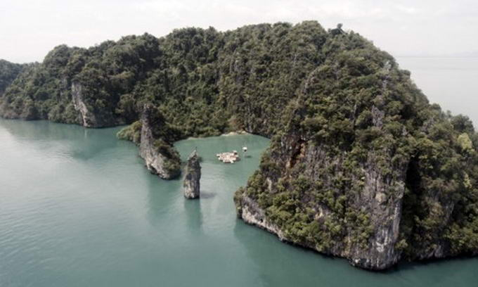 В Таїланді збудували кінотеатр на воді