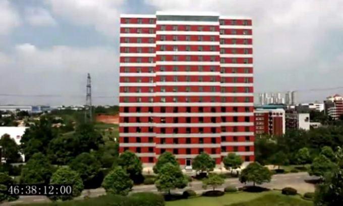Китайці збудували 15-поверховий будинок за 136 годин