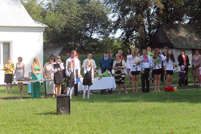 Головний митник області відсвяткував 1 вересня з учнями прикордонної школи