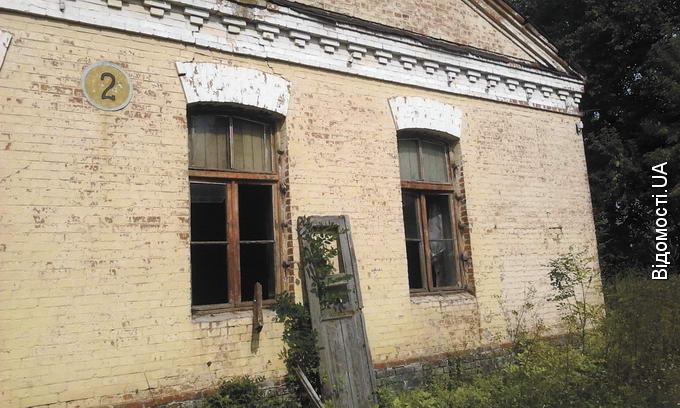 У Володимирі-Волинському розкрадають залишки військового містечка