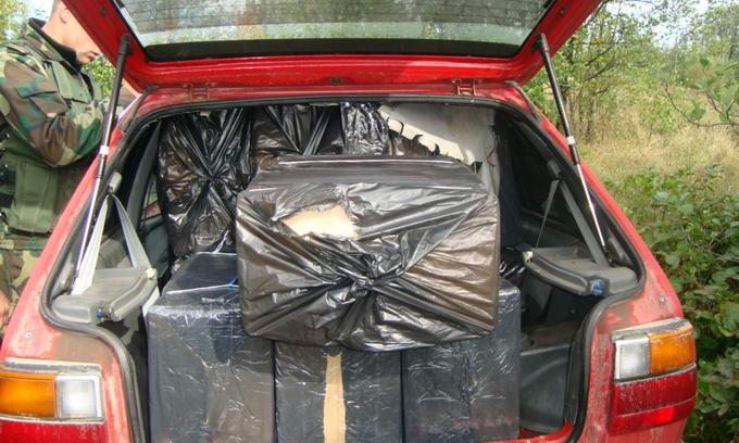 Автомобіль волинянина, завантажений сигаретами, прикордонники відчиняли разом з міліцією