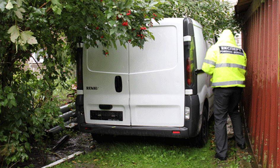 Міліціонери затримали викрадача автомобіля з покійницею