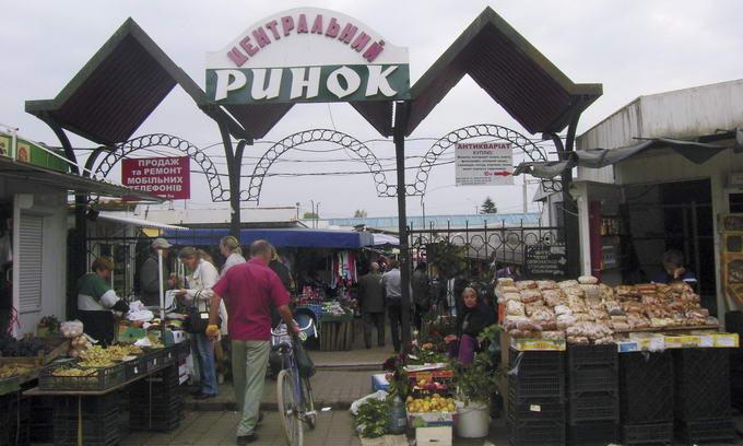 Підприємцям Центрального ринку Луцька треба готуватися до переїзду
