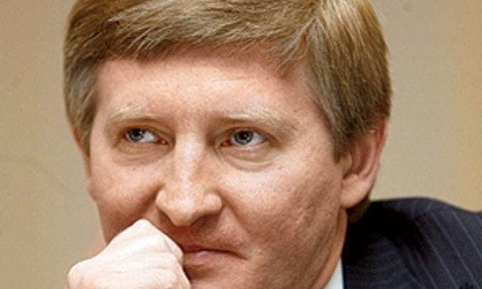ЗМІ: Ринат Ахметов викупить «Укртелеком» у австрійців