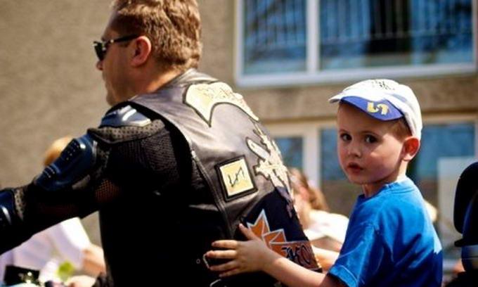 Волинські байкери поїдуть з подарунками в дитячий будинок