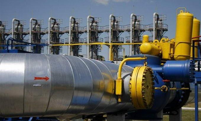 Азаров підтвердив, що Україна стала закуповувати газ у Європі