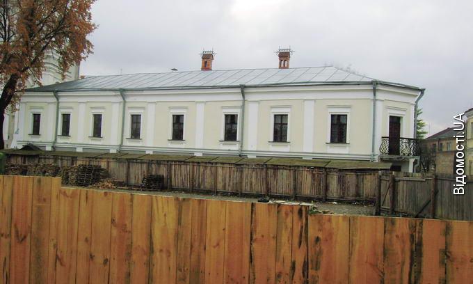 Будинок Лесі Українки нищать час і сирість