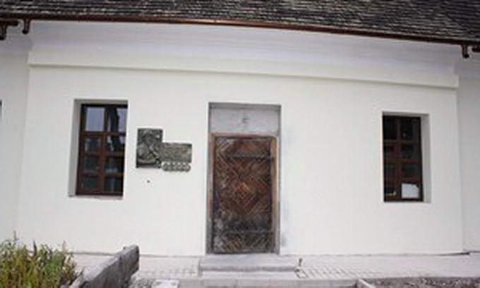 Реконструкцію Шляхетського будинку в Луцьку закінчать у цьому році