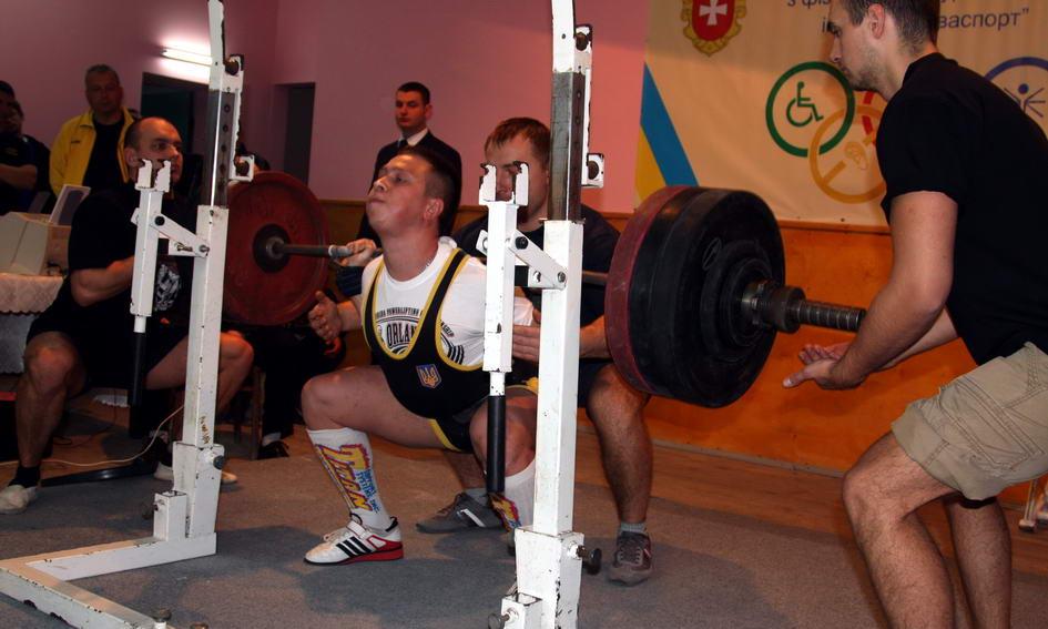 Спортсмени з Луцька на Кубках України з пауерліфтингу здобули 5 медалей