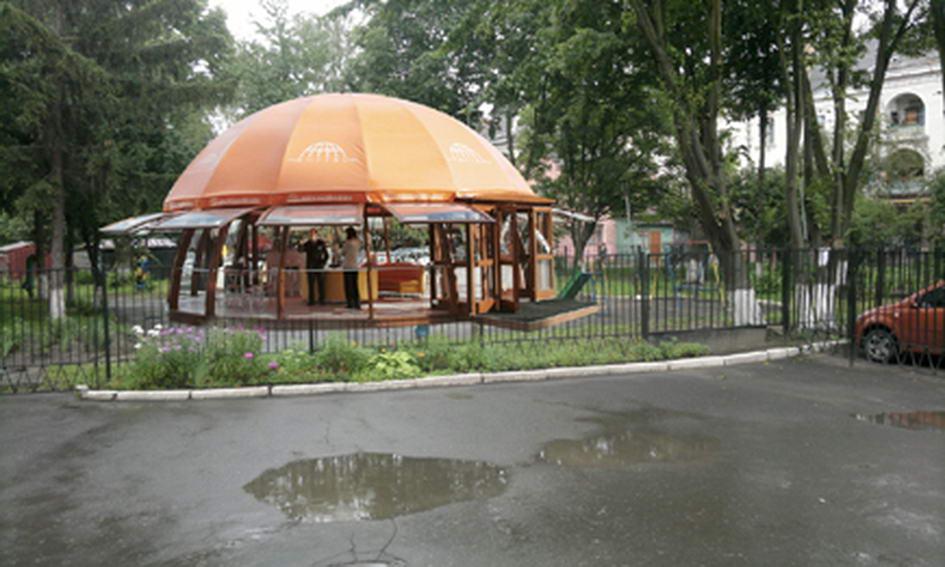 Біля дитячої поліклініки у Луцьку поставлять кафе-кондитерську