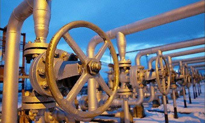 Азаров: Україна купуватиме в Росії до 20 млрд. кубометрів газу в рік
