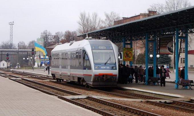 Рейковий автобус Львів-Луцьк курсуватиме до Ківерців