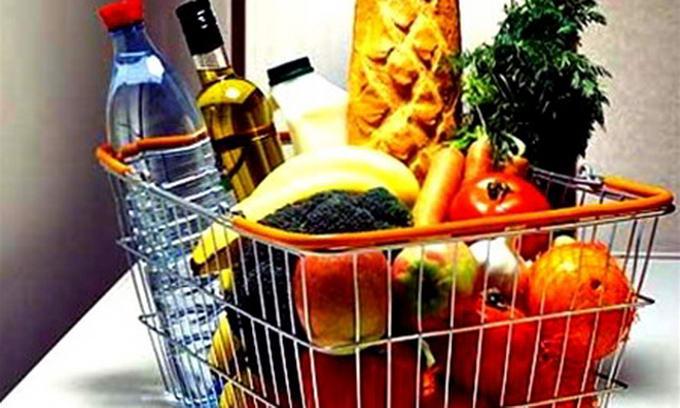 Перед новорічними святами ціни підскочать майже на всі продукти