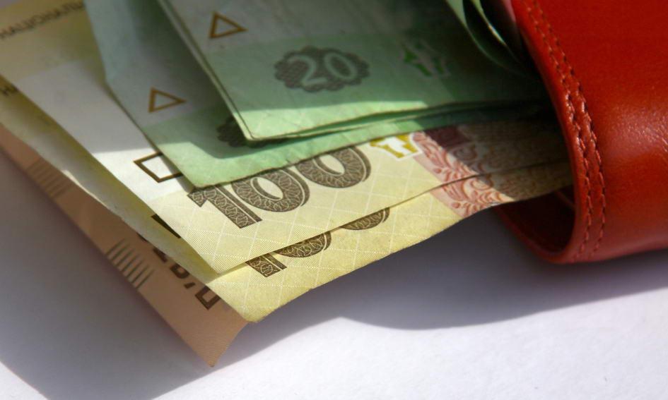 Працівникам бюджетних установ заборгували 1,3 мільярда зарплатні