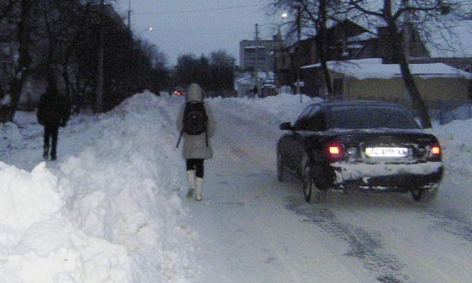 Зима для луцьких комунальників прийшла несподівано
